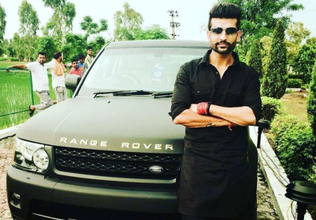 Yuvraj Hans with his Range Rover
