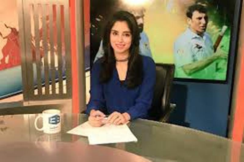Zainab Abbas With Dunya News