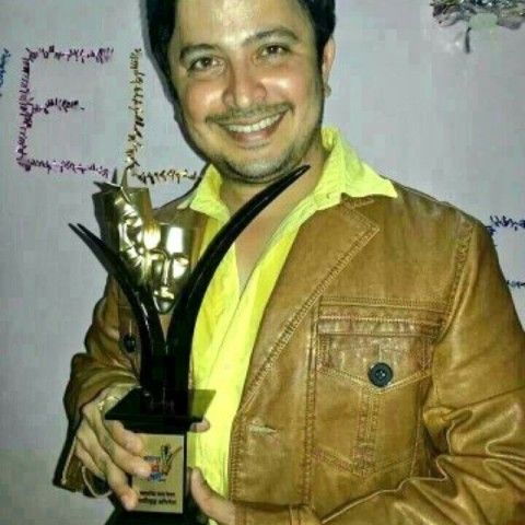 Abhijeet Kelkar with Mata Sanman Award