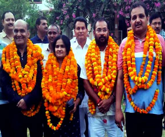 Darvesh Singh After Being Elected As The President Of The UP Bar Council