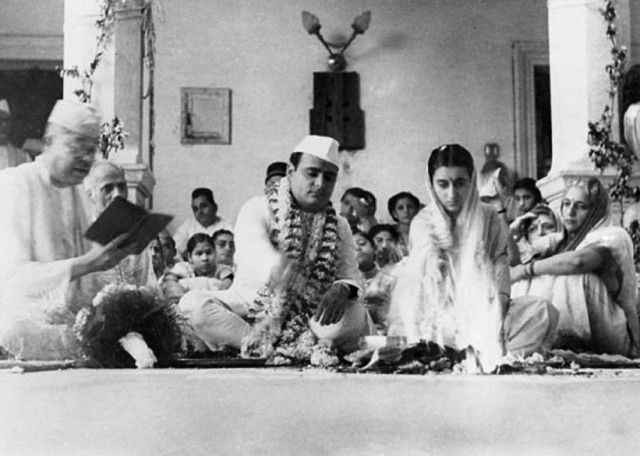 Indira Gandhi and Feroze Gandhi at their wedding in 1942