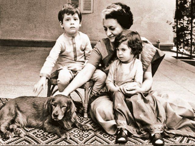 Indira Gandhi with her grandchildren, Rahul and Priyanka Gandhi