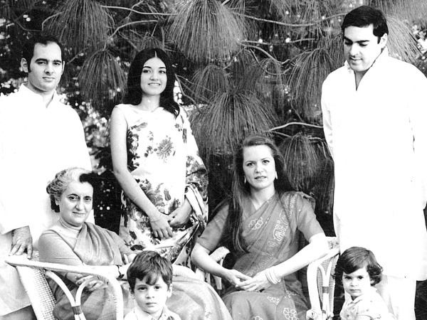 Indira Gandhi with her sons, daughters in law and grandchildren