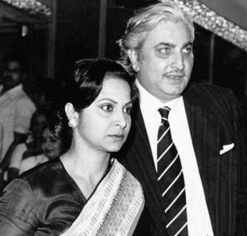Kamaljeet with his wife, Waheeda Rehman