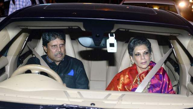 Kapil Dev with his wife in car