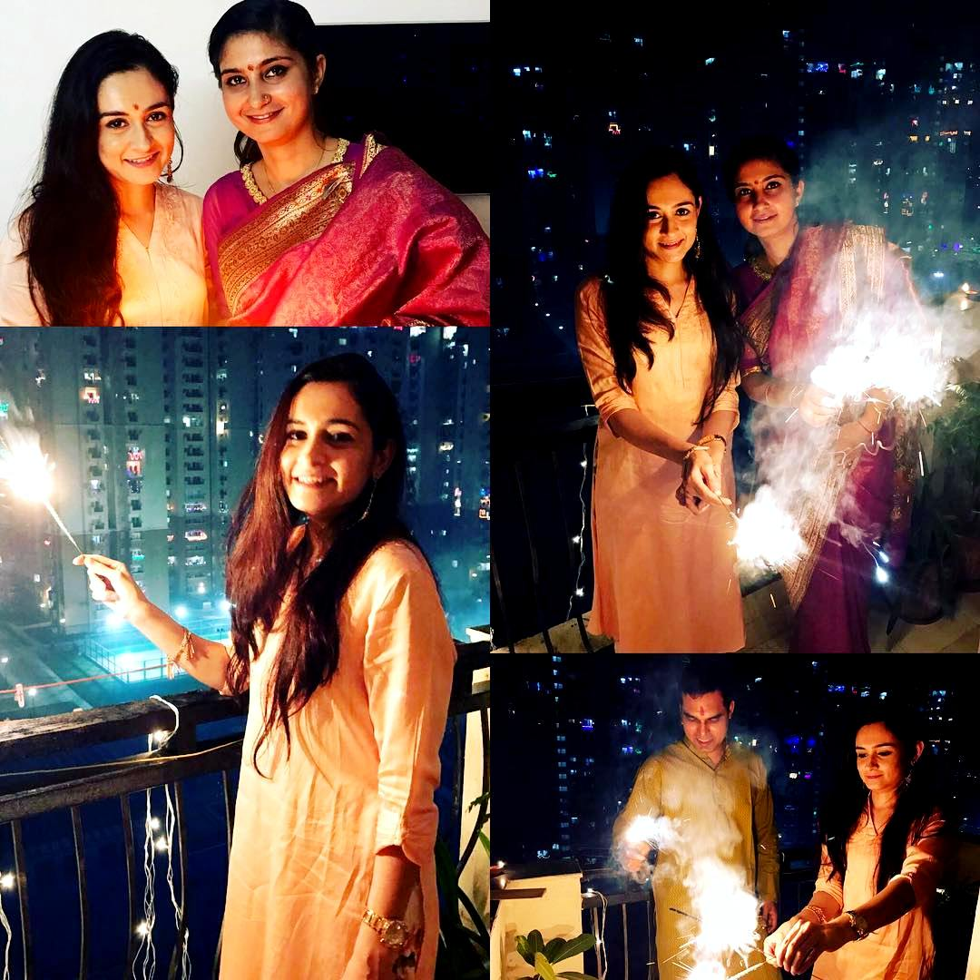 Khushboo Celebrating Diwali With Her Best Friend