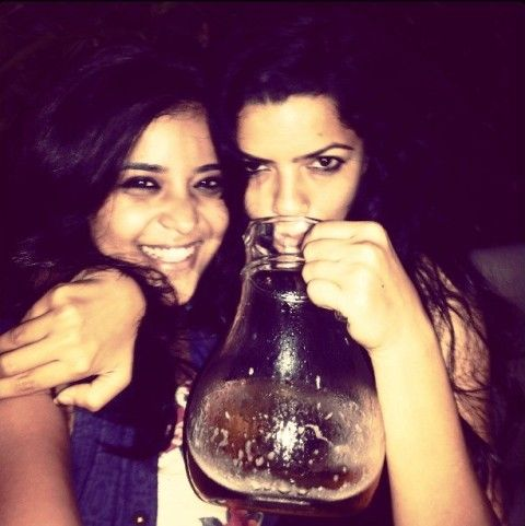 Neha Shitole drinks alcohol