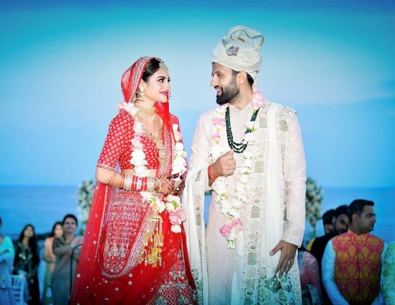 Nikhil Jain And Nusrat Jahan's Wedding Photo