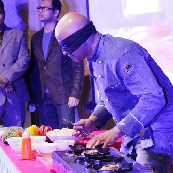 Parag Kanhere Cooking Blindfolded