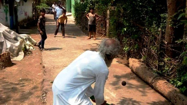 Pratap Chandra Sarangi Playing Cricket With Children