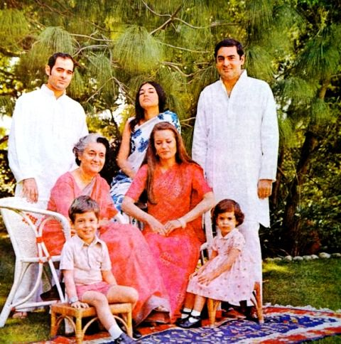 Rajiv Gandhi With His Family