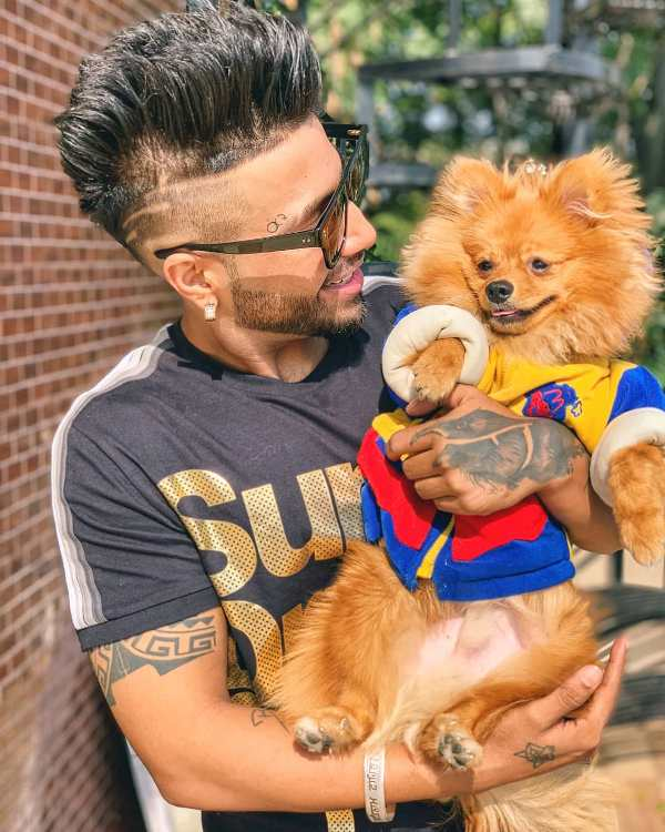 Sukhe loves dogs