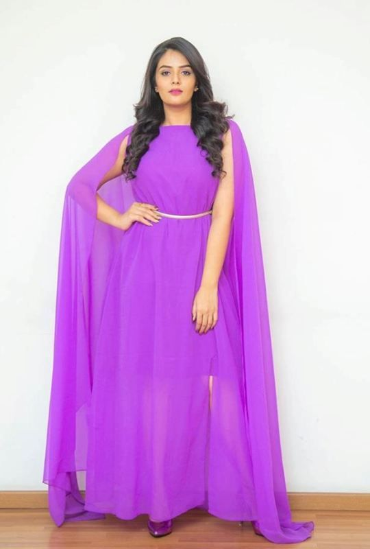 Actress Sreemukhi