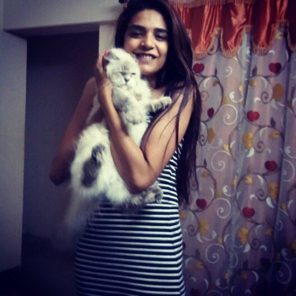 Anjum Fakih With Her Pet Cat Ivy