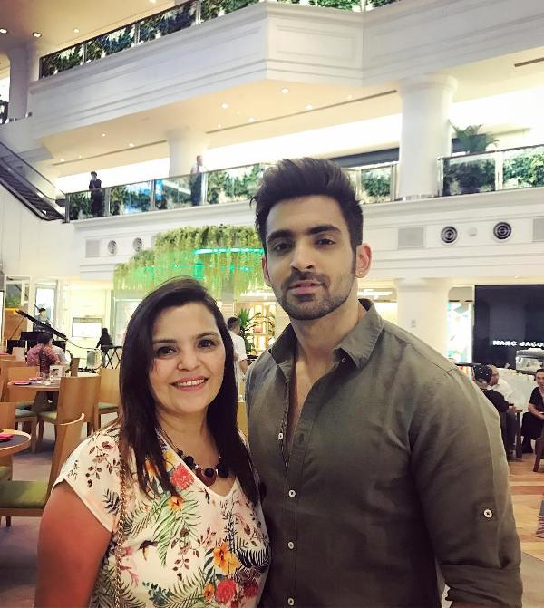 Arjit Taneja with his mother