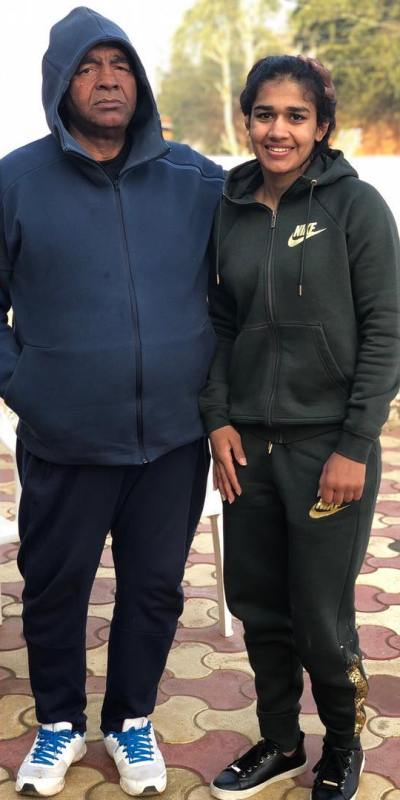 Babita Phogat with her father