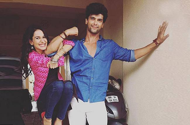 Kushal Tandon with Aneri Vajani