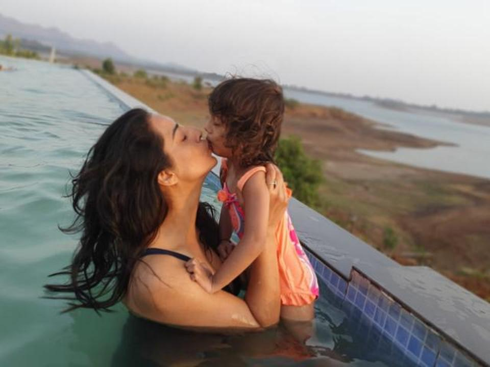Mahi Gill with her daughter