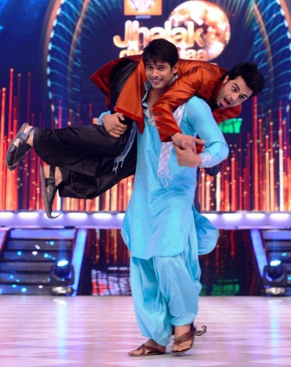 Manish Paul with Siddharth Shukla