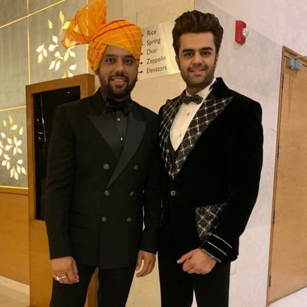 Manish Paul with his brother Vevek Paul