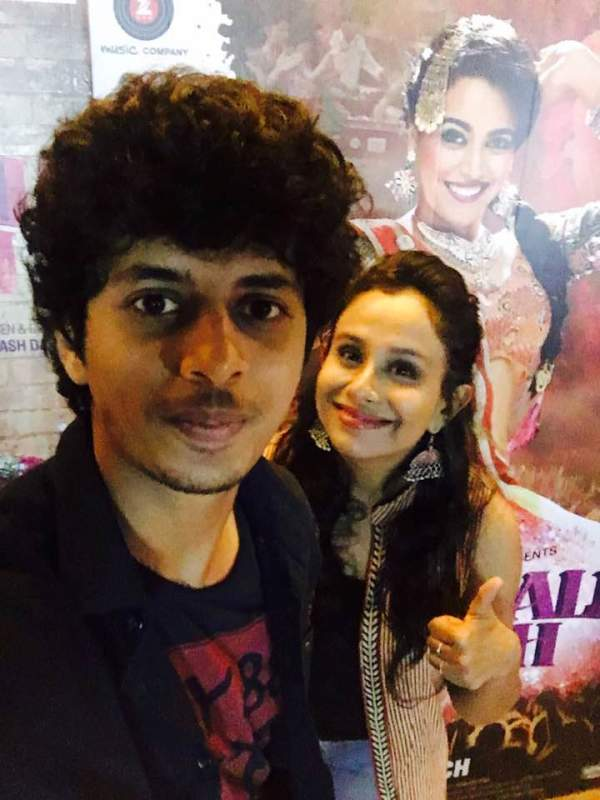 Mayur More With His Girlfriend, Trisha Kale