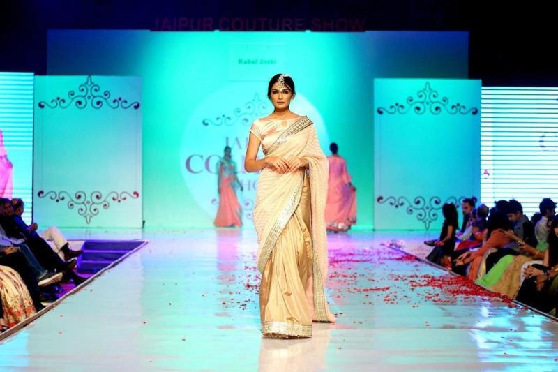 Muskaan Kataria walking the ramp