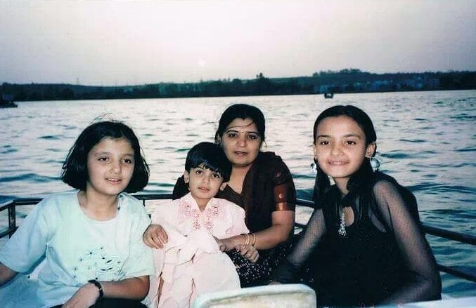 Muskaan Kataria with her mother and sisters