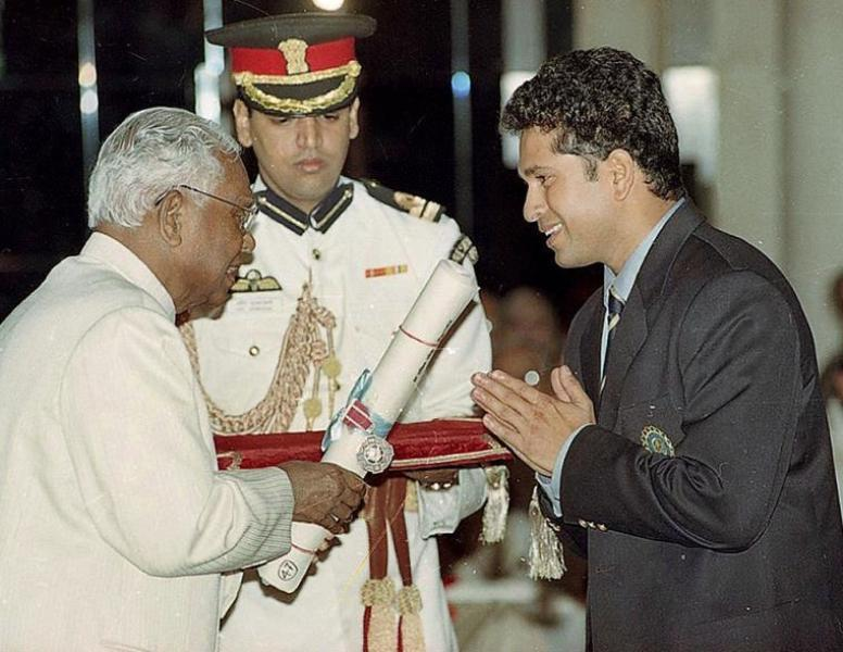 Sachin Tendulkar Receiving Padma Shri