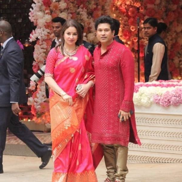 Sachin Tendulkar with his wife