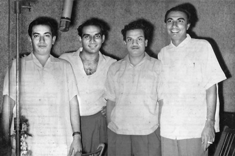 Sahir Ludhianvi With Yash Chopra, Mahendra Kapoor, and Dutta Naik