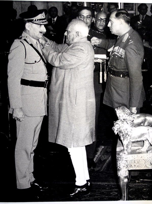 Sam Manekshaw Being Commissioned As The 8th Chief Of Army Staff