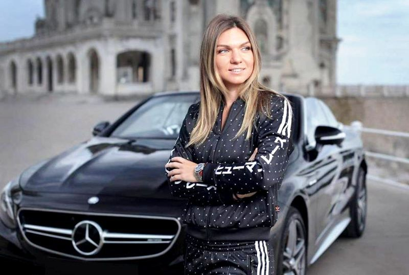 Simona Halep With Her Mercedes Cabriolet
