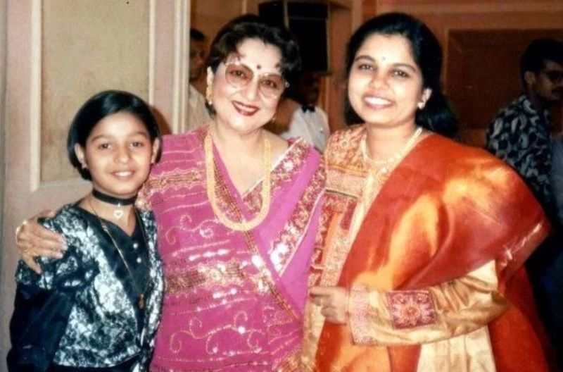 Sunidhi Chauhan with Tabassum And Sadhna Sargam