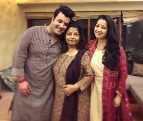 Varun Sharma with his mother and sister- Nilima Sharma