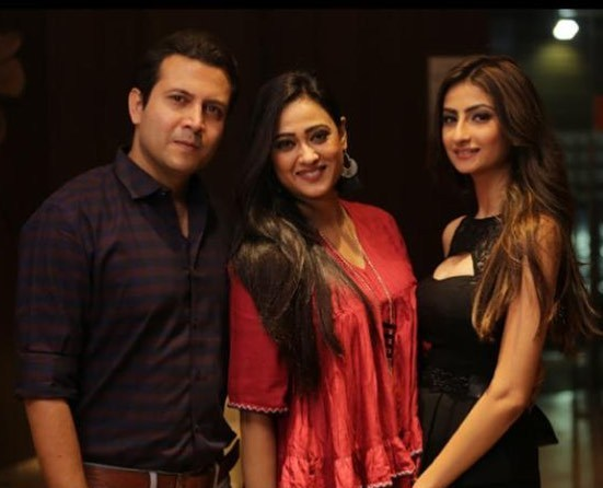Abhinav Kohli with his wife and step daughter