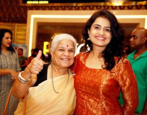 Amruta Subhash With Her Mother