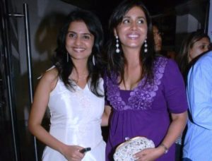 Amruta Subhash With Sonali Kulkarni