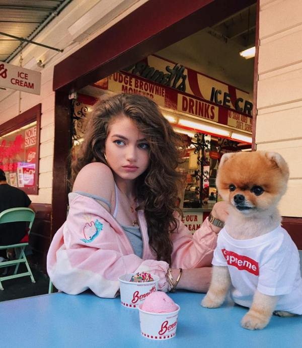 Dytto with her Pet Dog