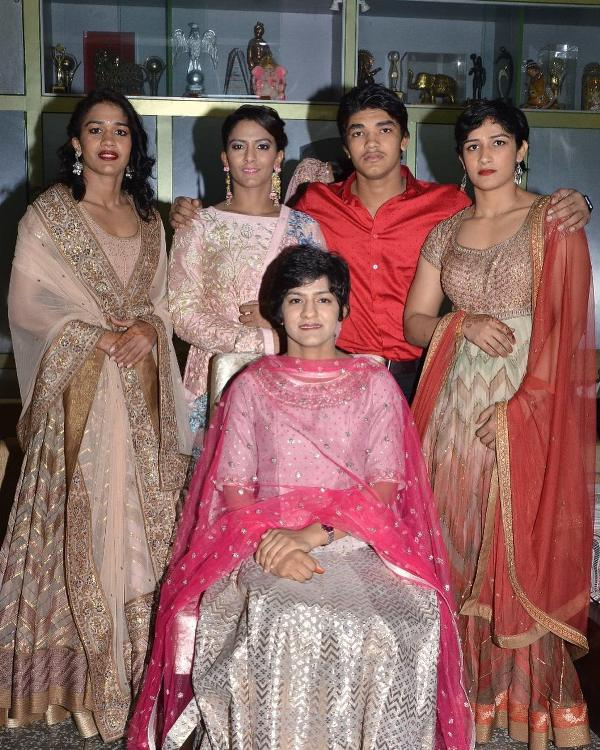 Geeta Phogat with her Siblings