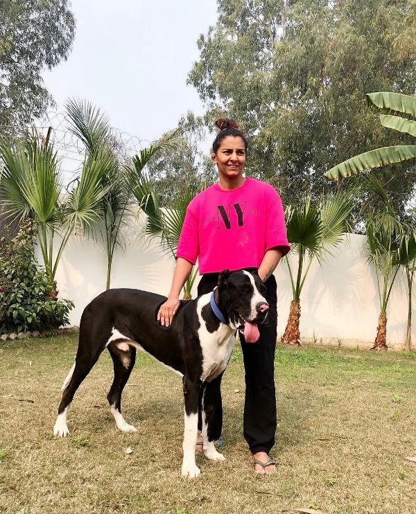 Geeta Phogat with her pet dog Sheru