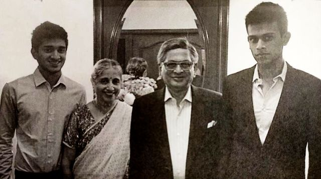 Malavika Krishna's Sons Eshaan & Amartya With Their Grandparents