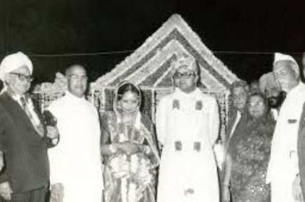 Marriage photo of Sangeeta and Arun Jaitley