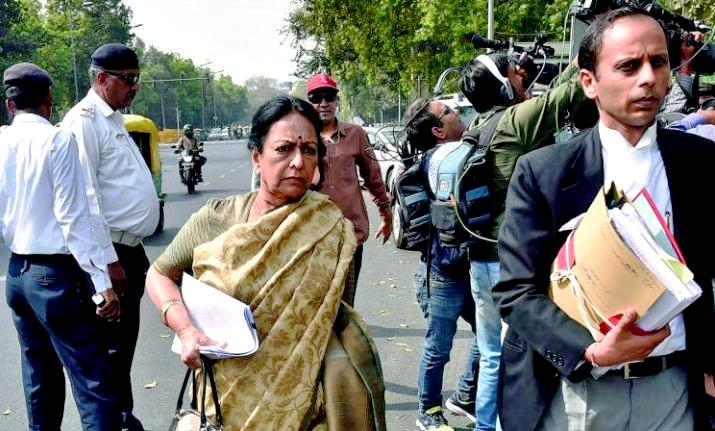 Nalini Chidambaram on her way to Court