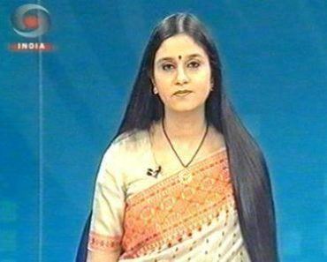Neelum Sharma, anchoring on DD INDIA