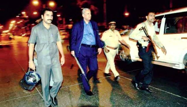Rakesh Maria on the streets of Mumbai