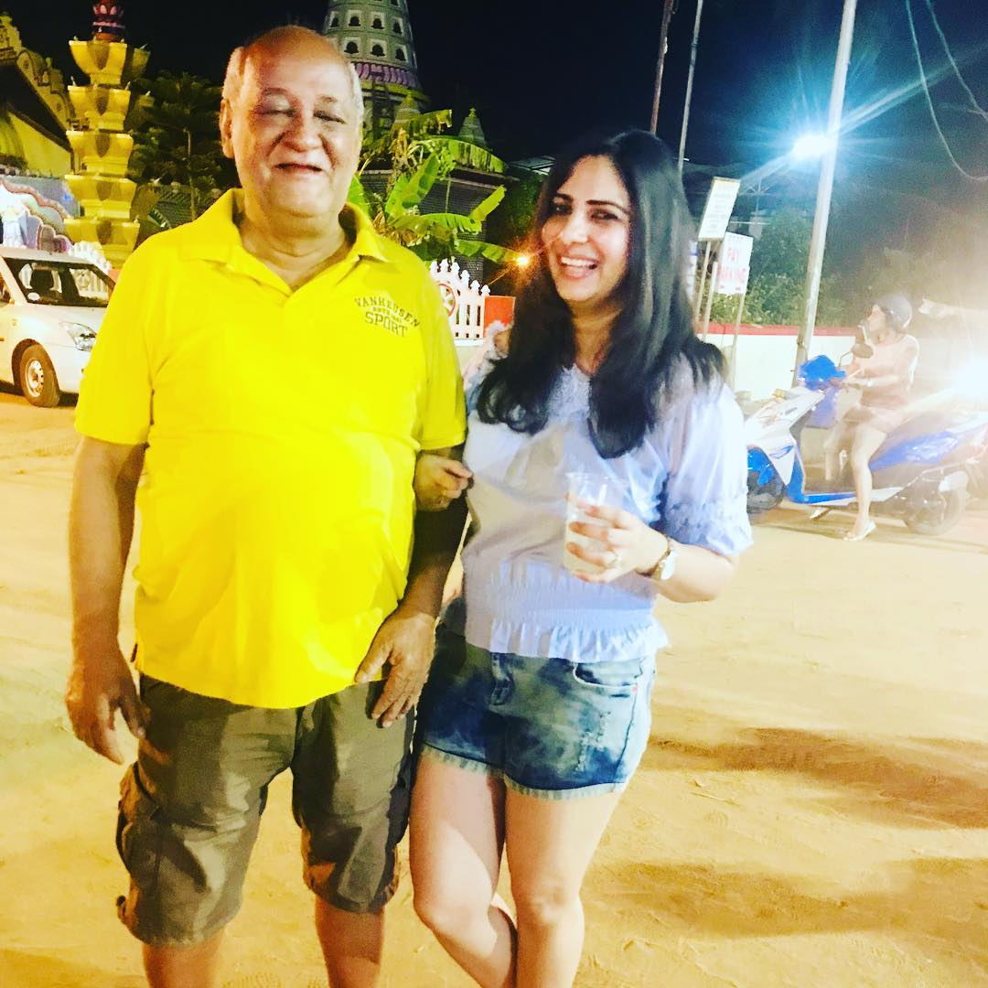 Sakshi Joshi with her father in law