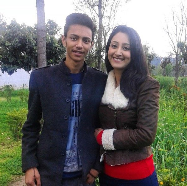 Shivya Pathania with her Brother