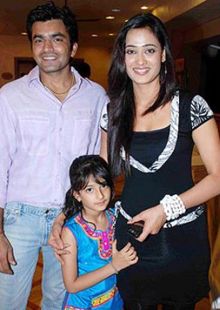 Shweta Tiwari with her ex-husband and daughter