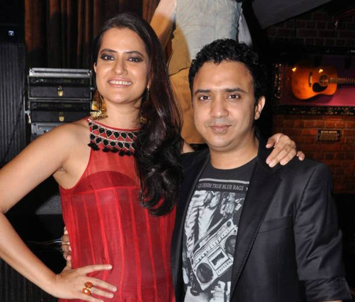 Sona Mohapatra With Her Husband