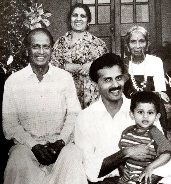 VG Siddhartha With His Father (Extreme Left) And Mother(Left)